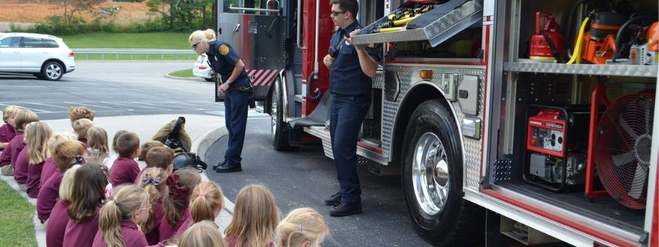firefighters community helpers